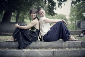 Susana&Kaja_byPetraCvelbar122_F